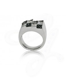 Boulder Ring With Black and White Diamonds